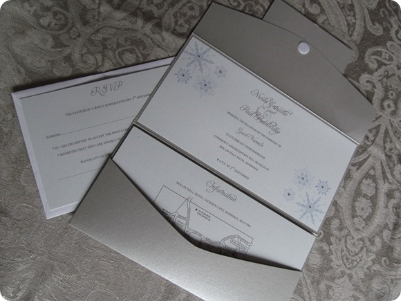 Winter Wonderland Snowflake with Swarovski Crystals - DL Pocketfold Invitation