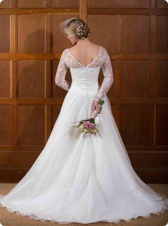Rebecca-back---Qiana-Bridal---Classi