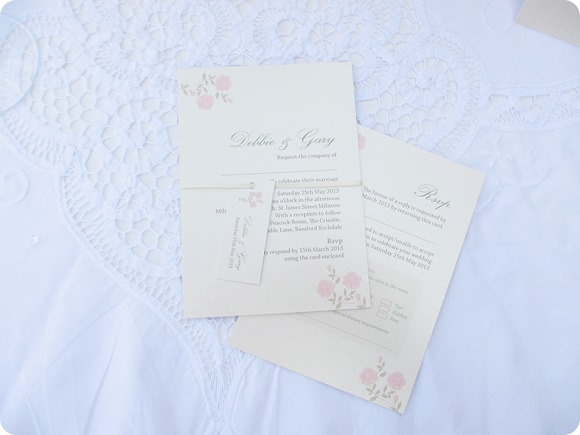 Love Invited - Vintage Rose