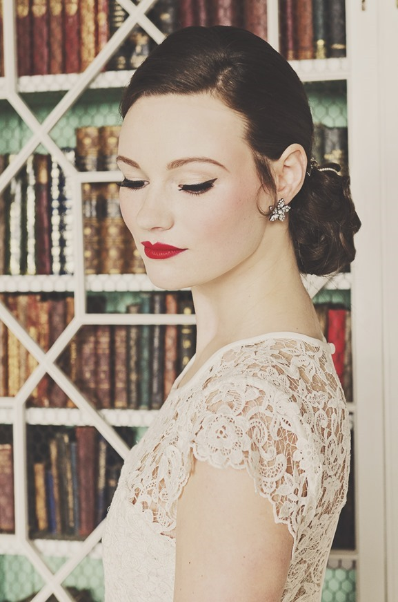 Folega Photography for KMR Bespoke Bridal