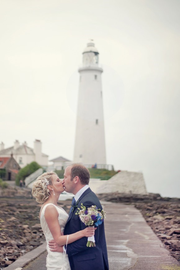 Wedding at Tynemouth Lighthouse (c) Little Miss Boyc