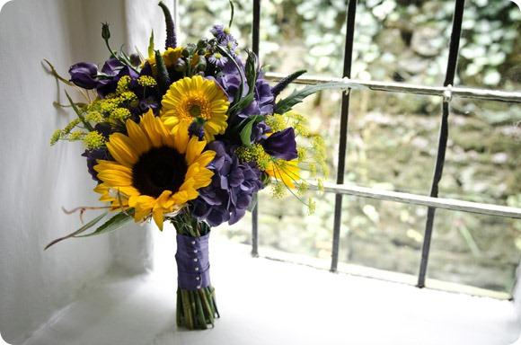 Sunflower bouquet by JB Creatives