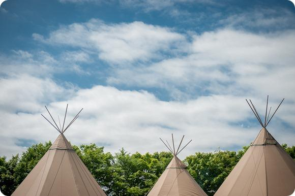 Teepee wedding by Chris Milner Photography
