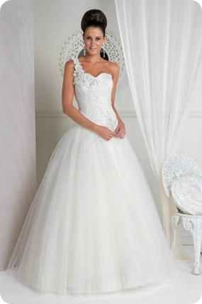 Jean Fox Wedding Dresses at Elegance Bridal Studio
