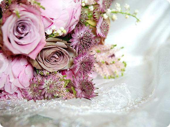 Dusky pink wedding flowers by Stephen Quinn Photography