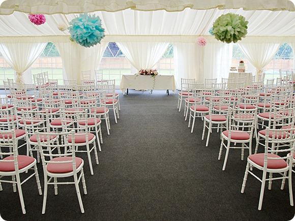 Marquee wedding by Stephen Quinn Photography